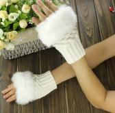 New Fashion Women Gloves Faux Rabbit Fur Fingerless Knitted Warm Short Mittens