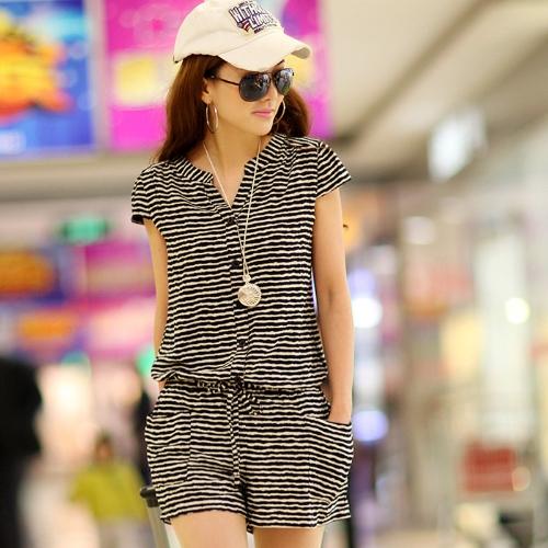 Korean Fashion Women Rompers Short Sleeve Elastic Waist Short Pants Jumpsuits Dark Blue/Stripe/DotJumpsuits &amp; Rompers<br>Korean Fashion Women Rompers Short Sleeve Elastic Waist Short Pants Jumpsuits Dark Blue/Stripe/Dot<br><br>Product weight: 160.0g