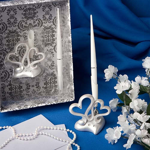 Fashion Wedding Pen with Elegent Sweet Double Hearts Pen Stand Excellent Wedding SuppliesWedding Supplies<br>Fashion Wedding Pen with Elegent Sweet Double Hearts Pen Stand Excellent Wedding Supplies<br><br>Blade Length: 18.5cm
